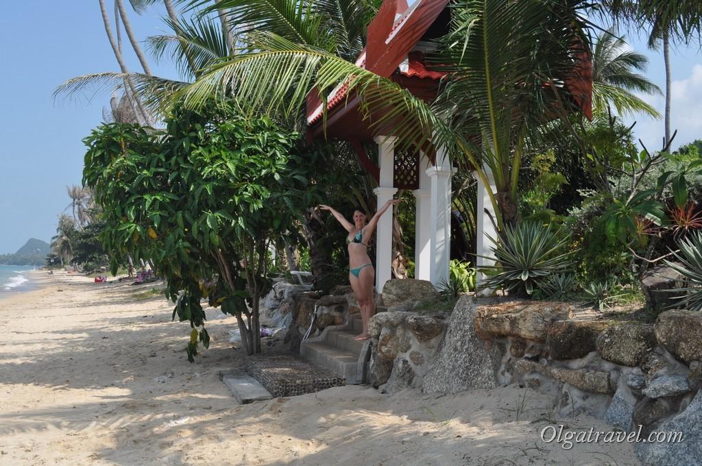 Вход на территорию вил на пляже Банг По