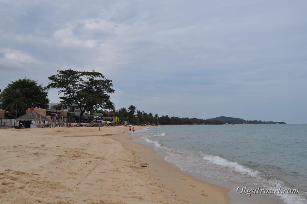 Пляж напротив выхода с дороги Soi 3