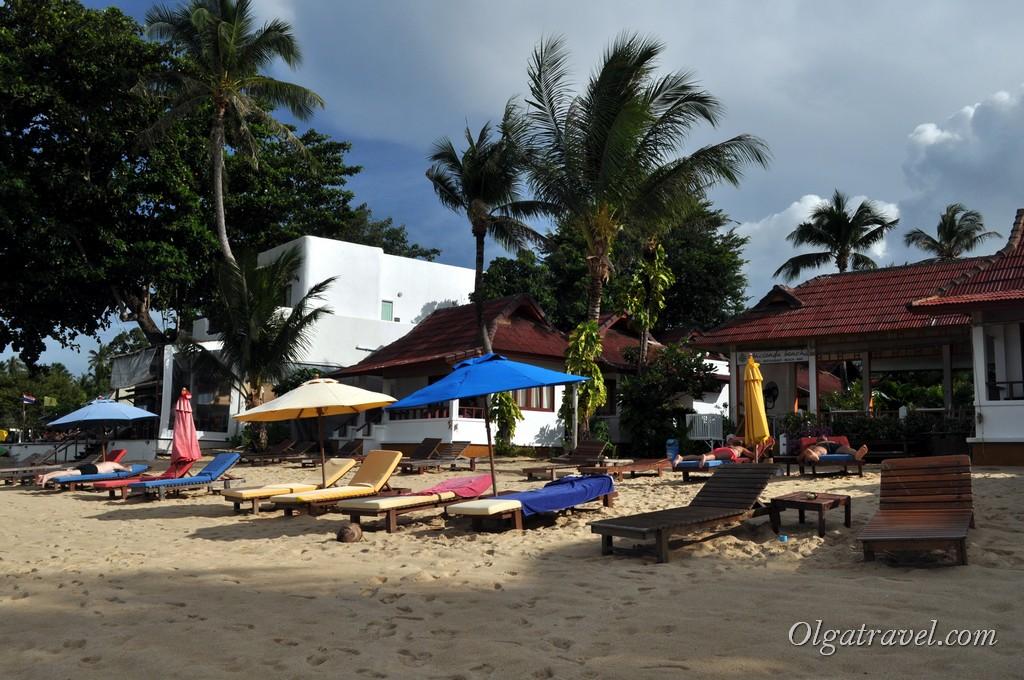 Samui_Maenam_Beach_11