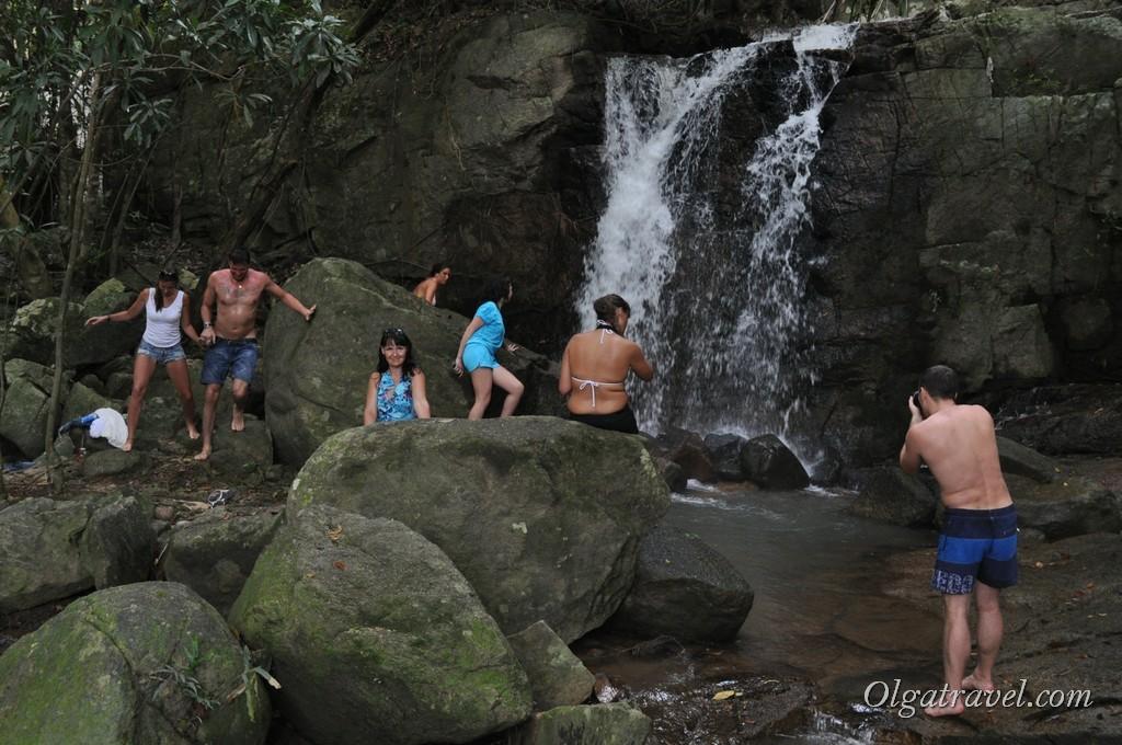 Первый маленький водопадик на водопаде Намуанг 2
