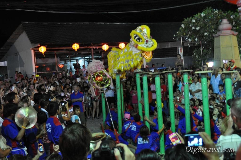 Завораживающий танец Льва - традиция Китайского нового года