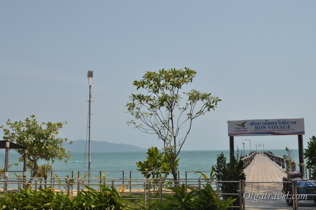 Причал Ломпрая на Маенаме (Lomprayah pier   Maenam)