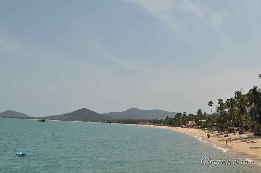 Пляж Маенам возле пирса Ломпрая