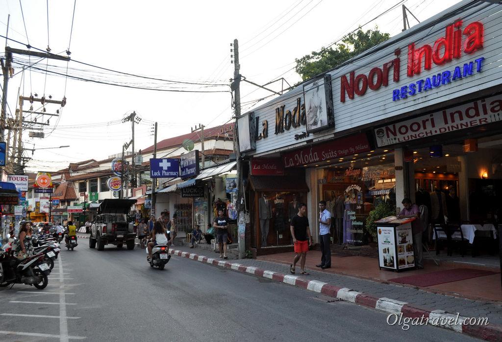центральная улица Чавенг