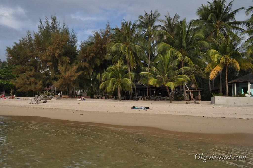 Пляж Талинг Нгам возле отеля Am Samui Resort