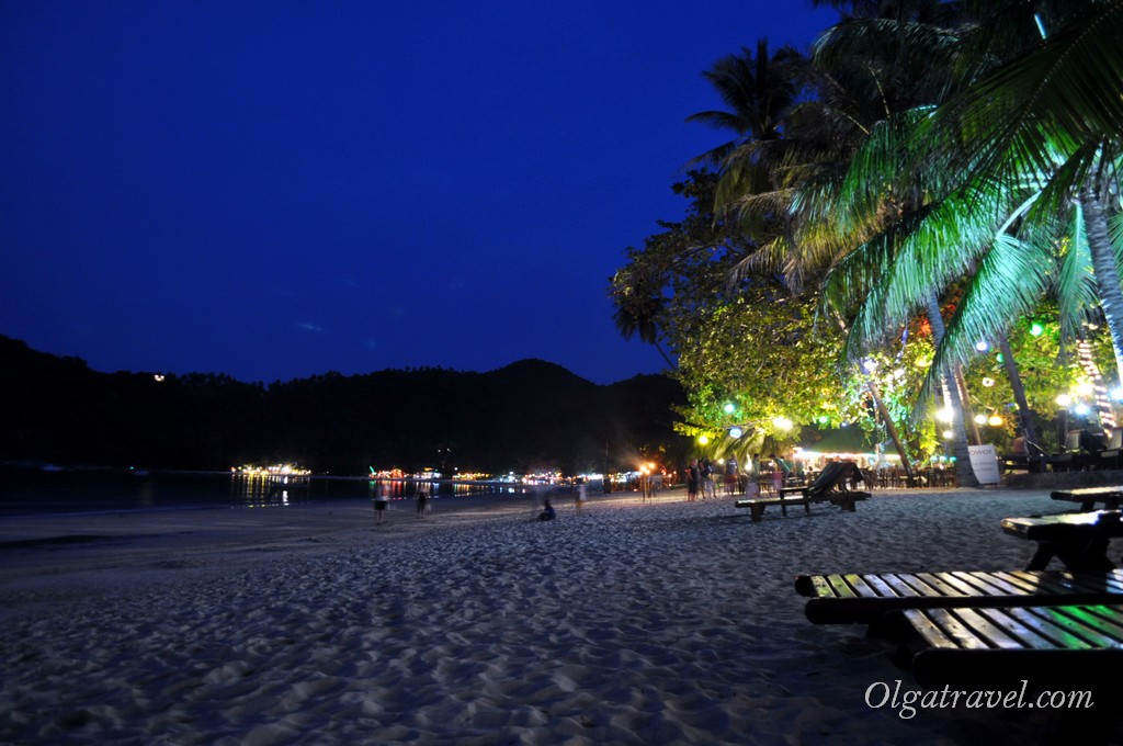 Thong Nai Pan night