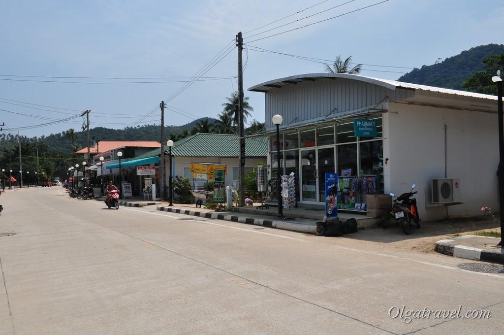 Thong Nai Pan road 4