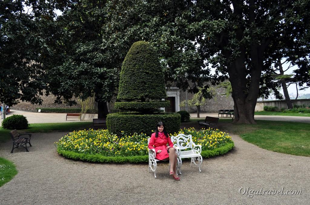 Beylerbeyi Palace garden 2