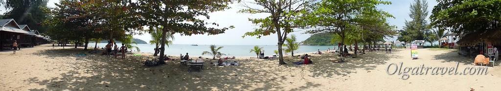 Панорамный вид пляжа Мае Хад