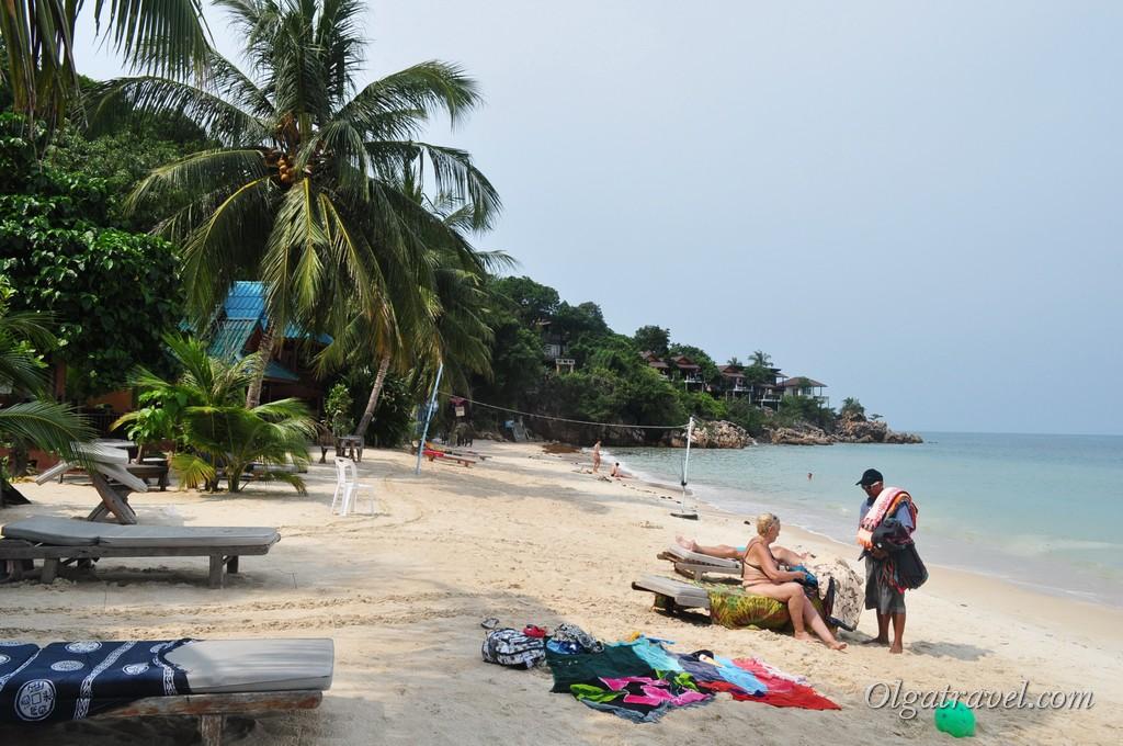 Пляж, вид в другую сторону