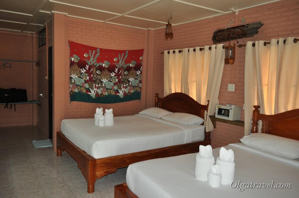 В номере две двуспальные кровати
