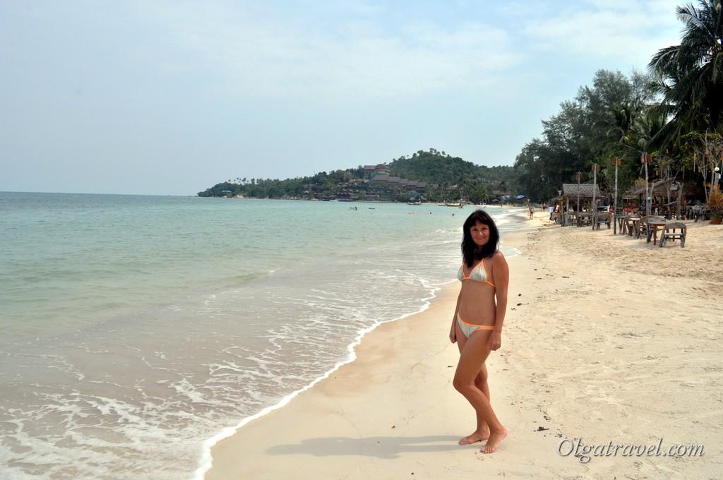 Пляж возле отеля Sandy Bay