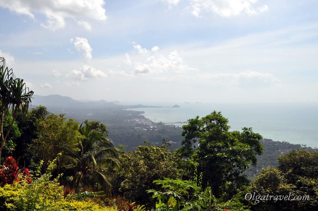 Вид на весь западный берег острова