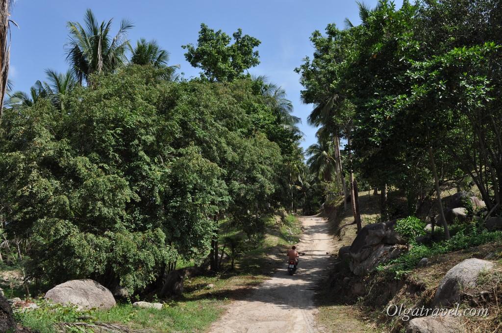 Дорога на пляж Au Leuk