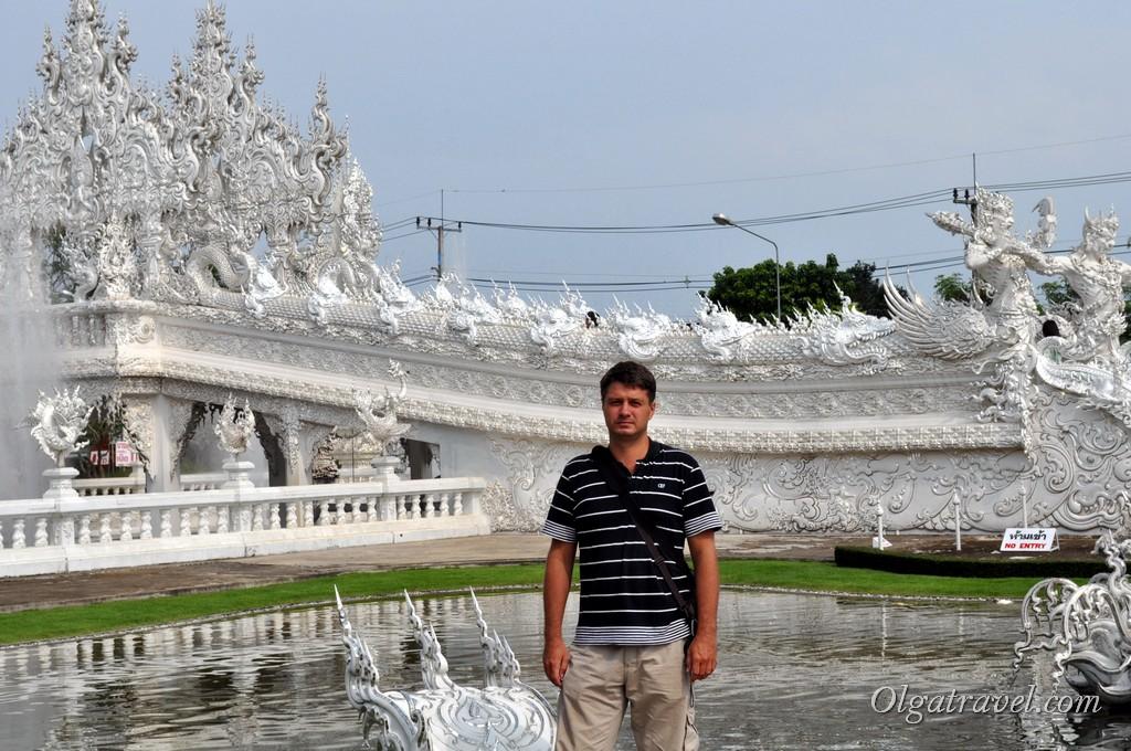 Chiang_Rai_White_Temple-13