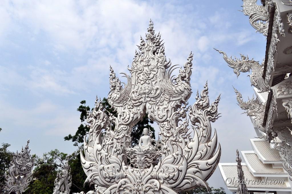 Chiang_Rai_White_Temple-19