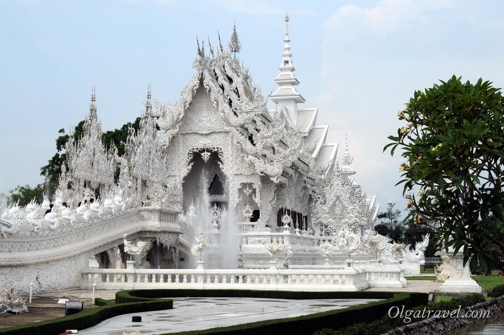 Chiang_Rai_White_Temple-28