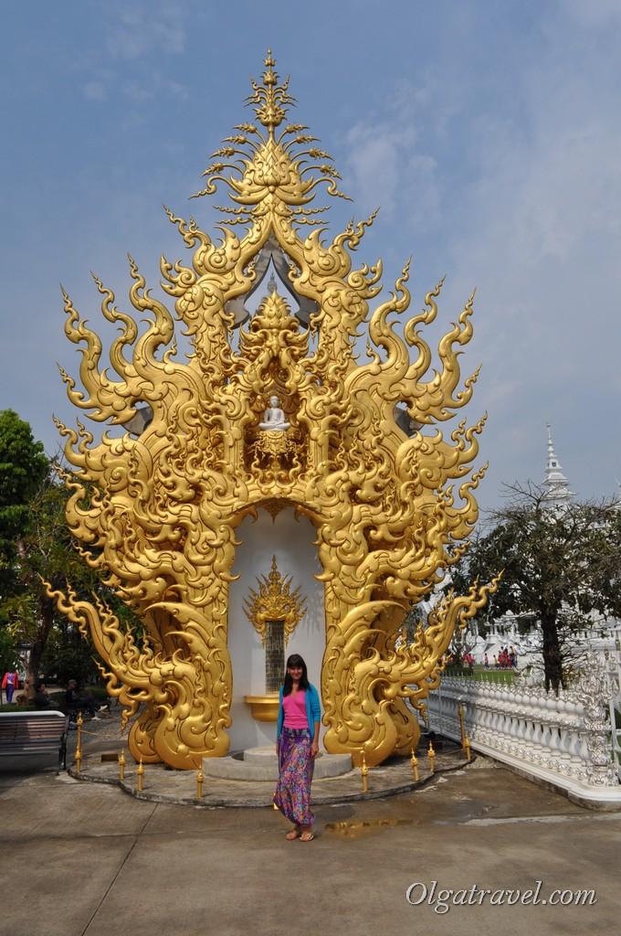 Chiang_Rai_White_Temple-9