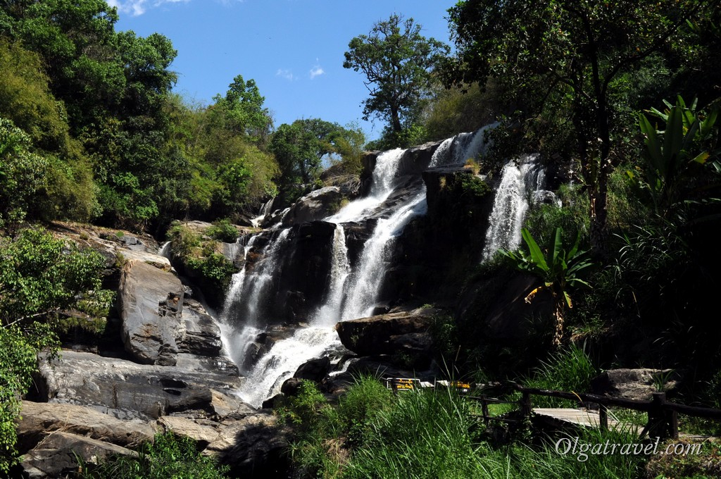 Doi_Inthanon_Mae_Klang_waterfall_2