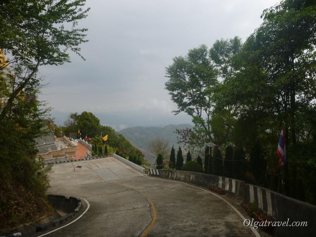 Дорога к храму Мае Салонг