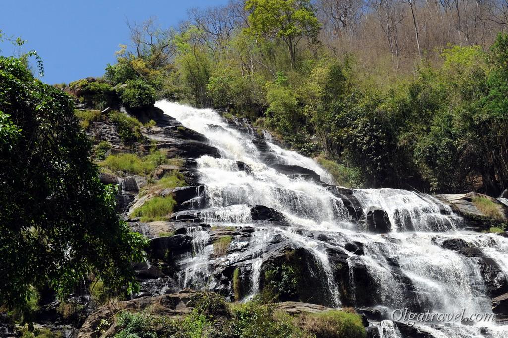 Mae_Ya_Waterfall_4