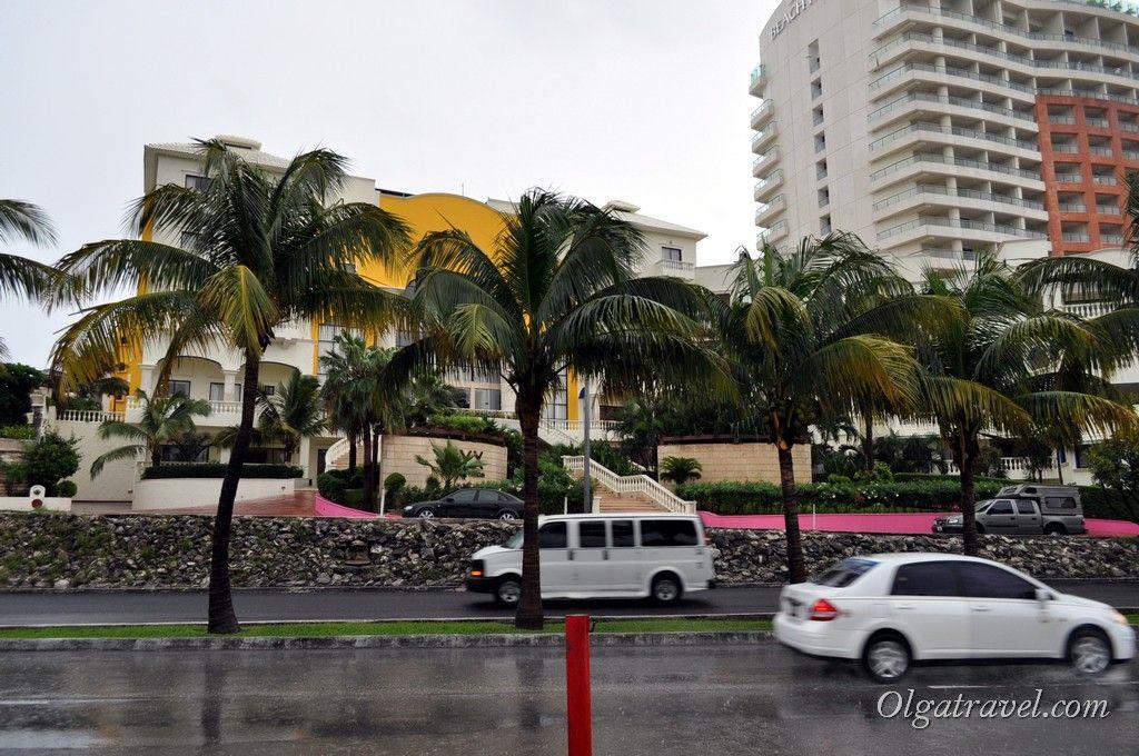 Cancun_Avalon_Grand_Hotel_3