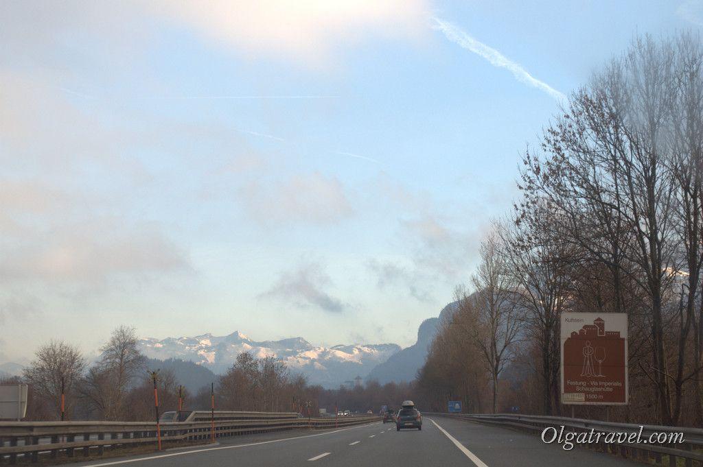 Road_Kramzach_Wien3