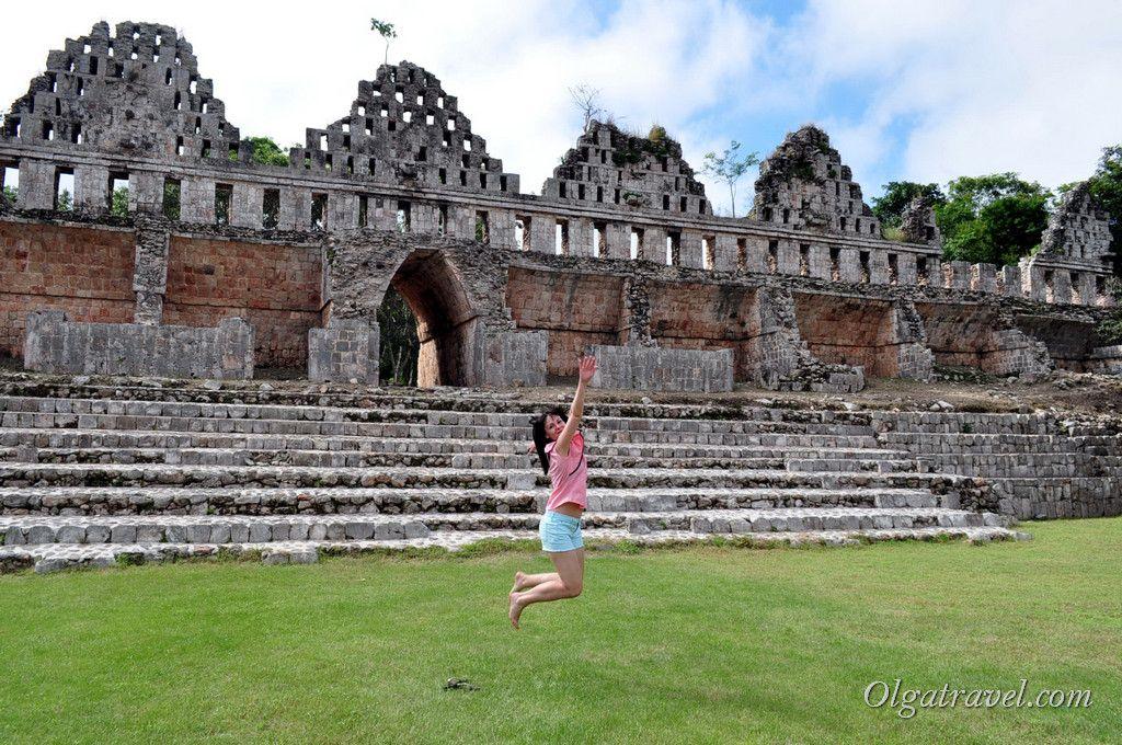 И почему у меня никогда не получаются нормальные фото в прыжке?! :)