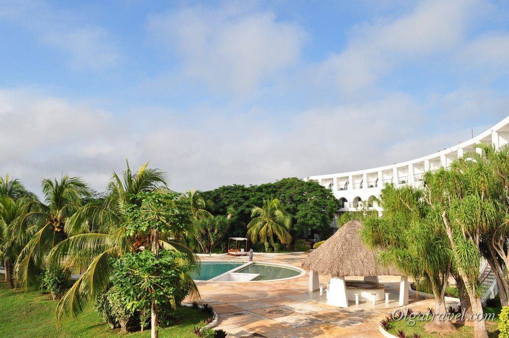 Отель Uxmal Resort Maya