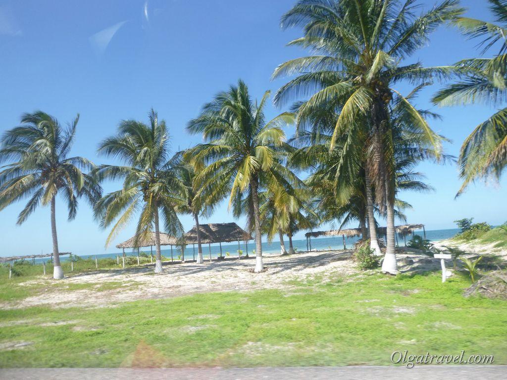 Пляжи Мексиканского залива на дороге из Кампече в Паленке