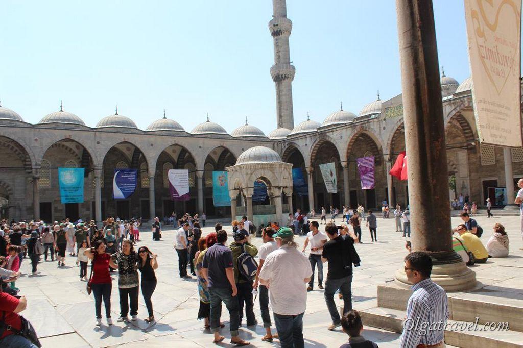 Golubaja-mechet-Stambul-Turtsija_24