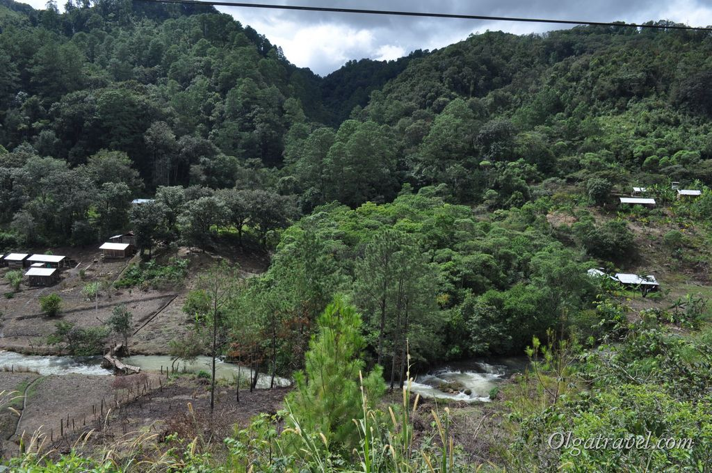 San_Cristobal_Palenque_road_2