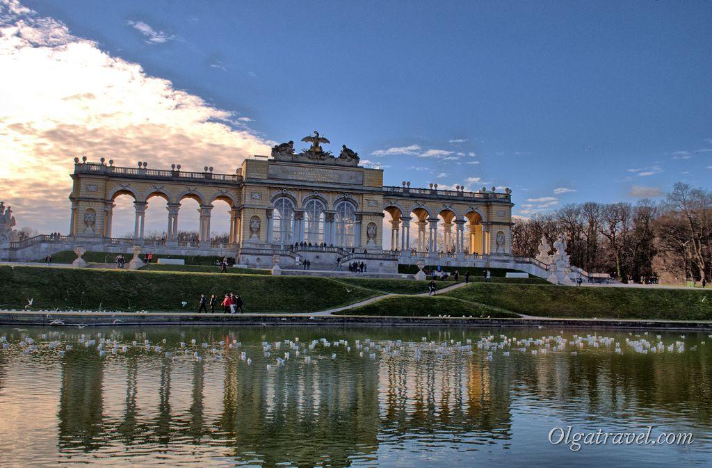 Schonbrunn_Palace_25