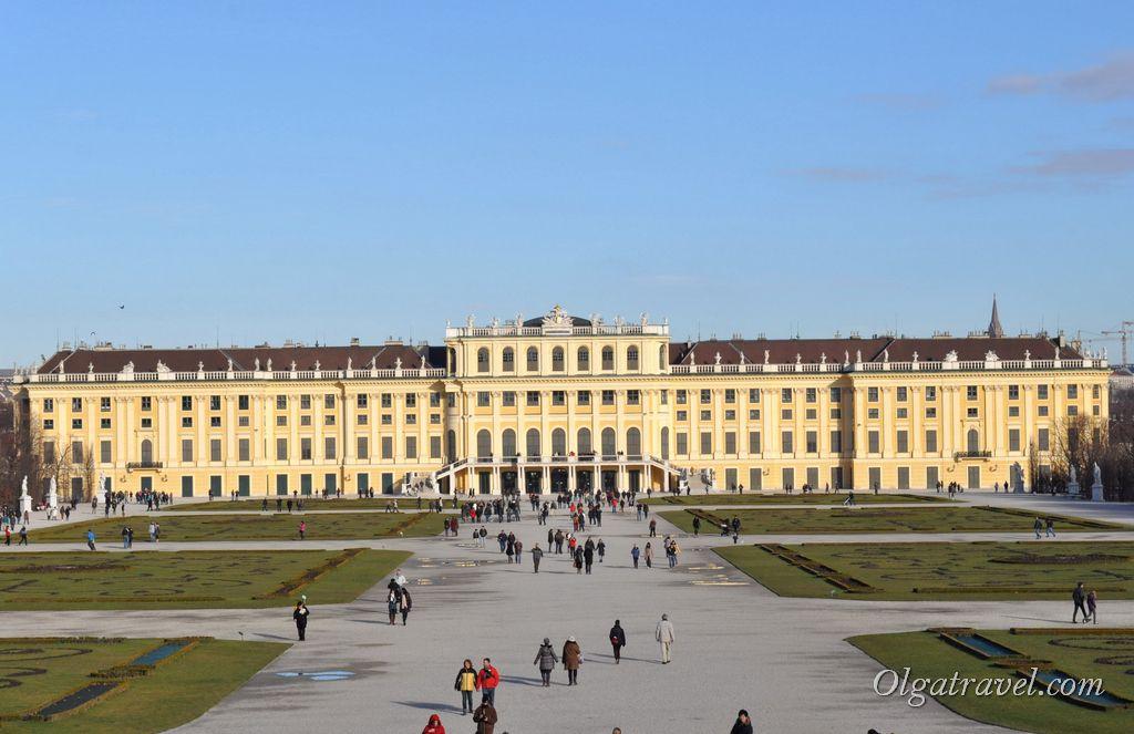 Schonbrunn_Palace_60