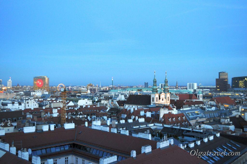 Вид на Вену с собора Святого Стефана