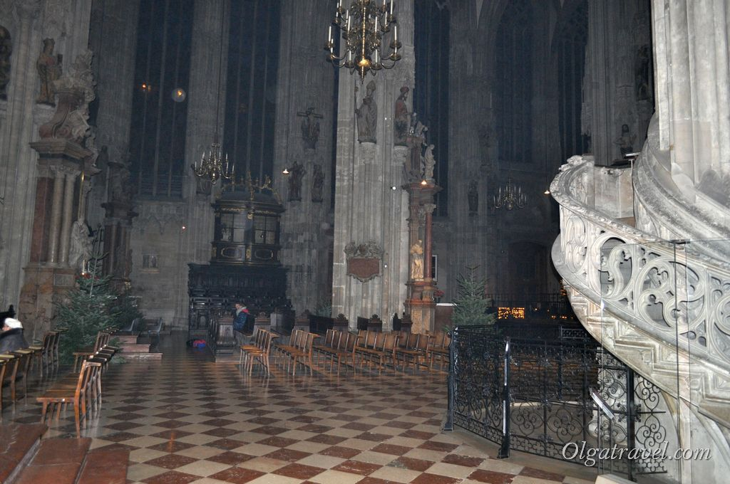Vienna_St._Stephan_cathedral_22