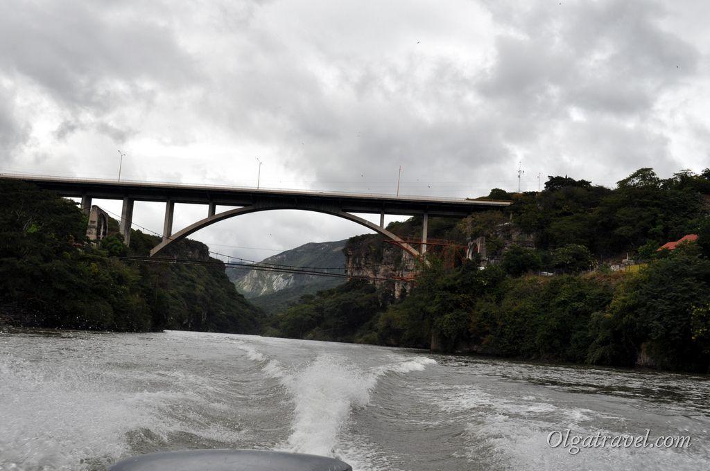Мост Белисарио Домингеса