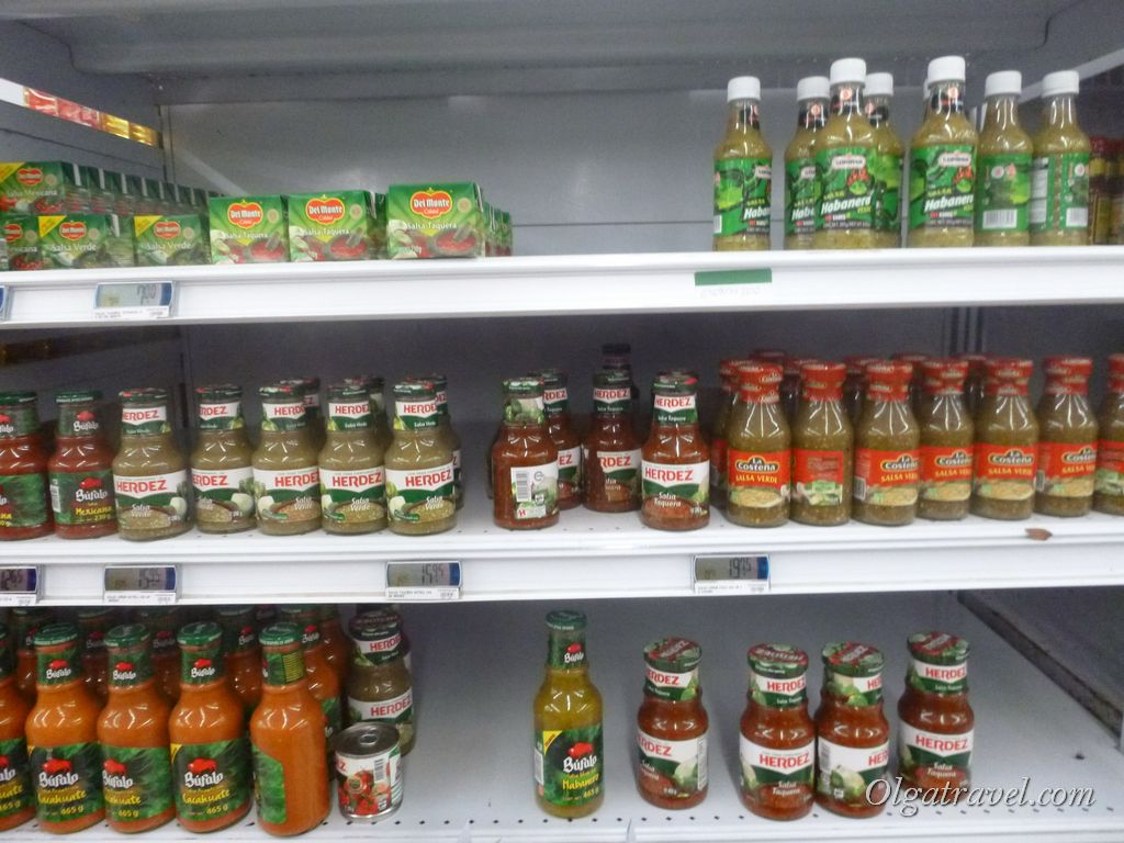 Mexico_eat_in_supermarket_15