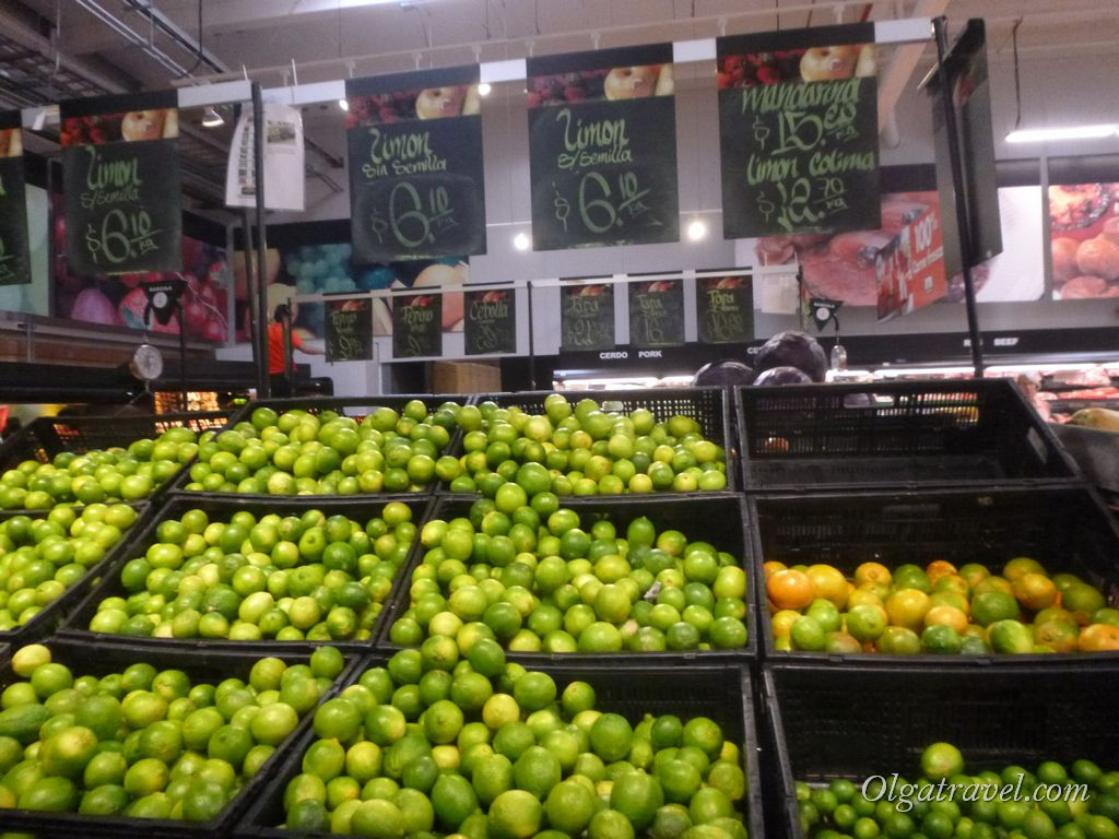 Mexico_eat_in_supermarket_22