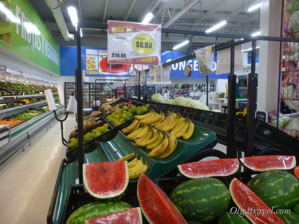 Mexico_eat_in_supermarket_34