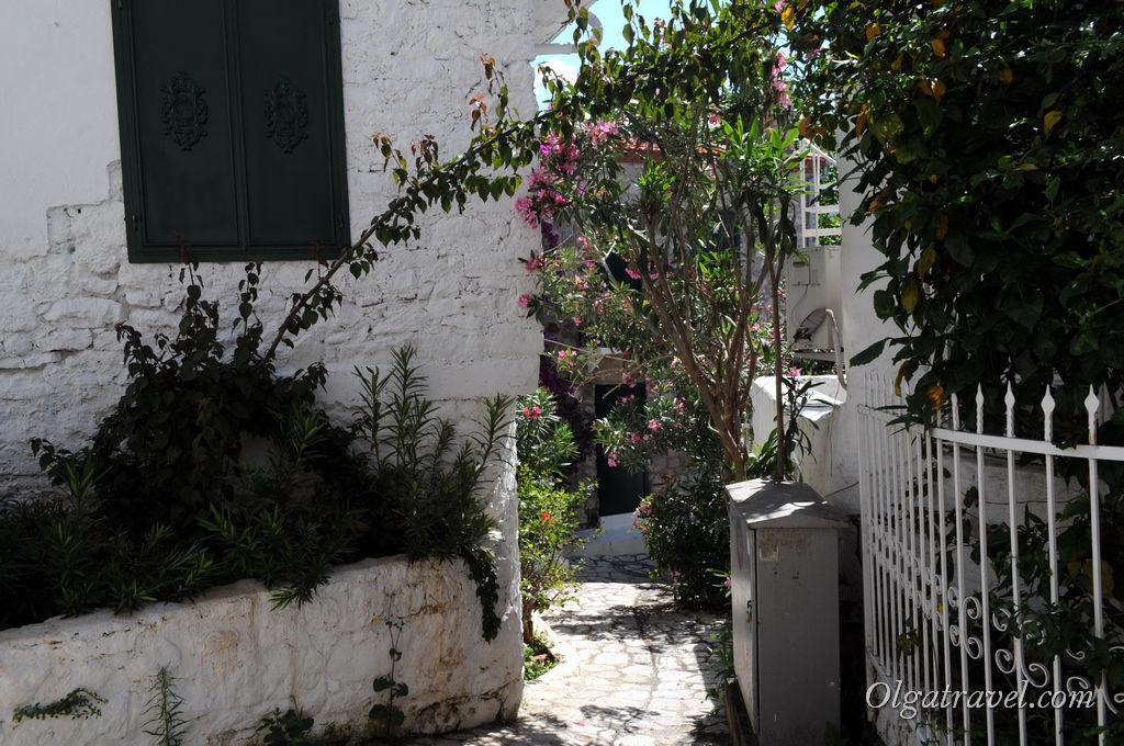 Marmaris_way_to_castel_4