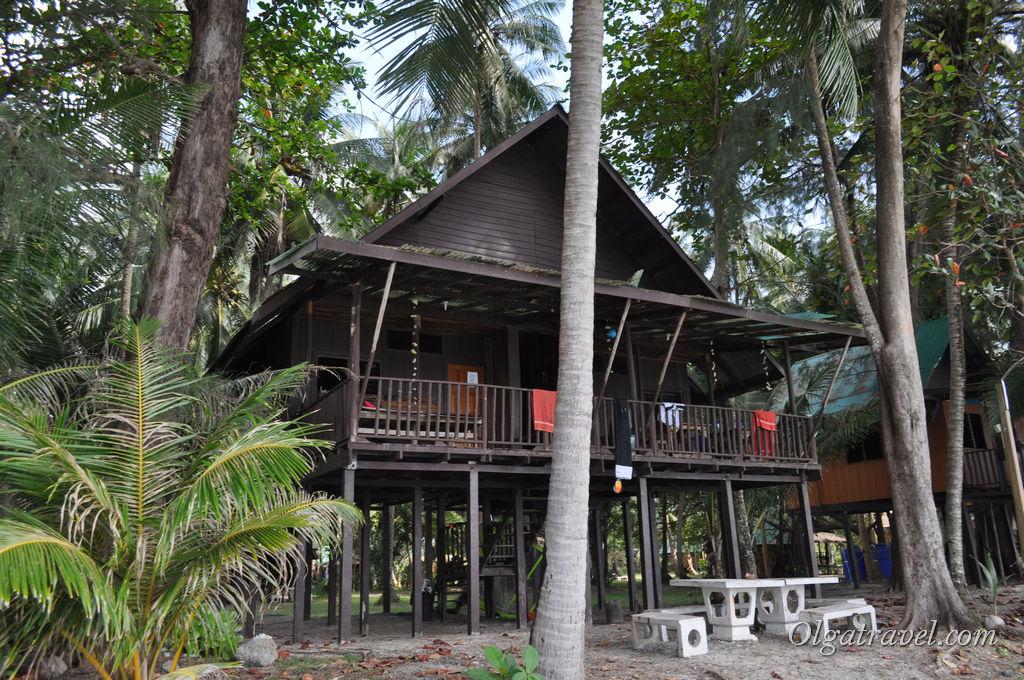 Домики KP Hut на пляже Клонг Прао
