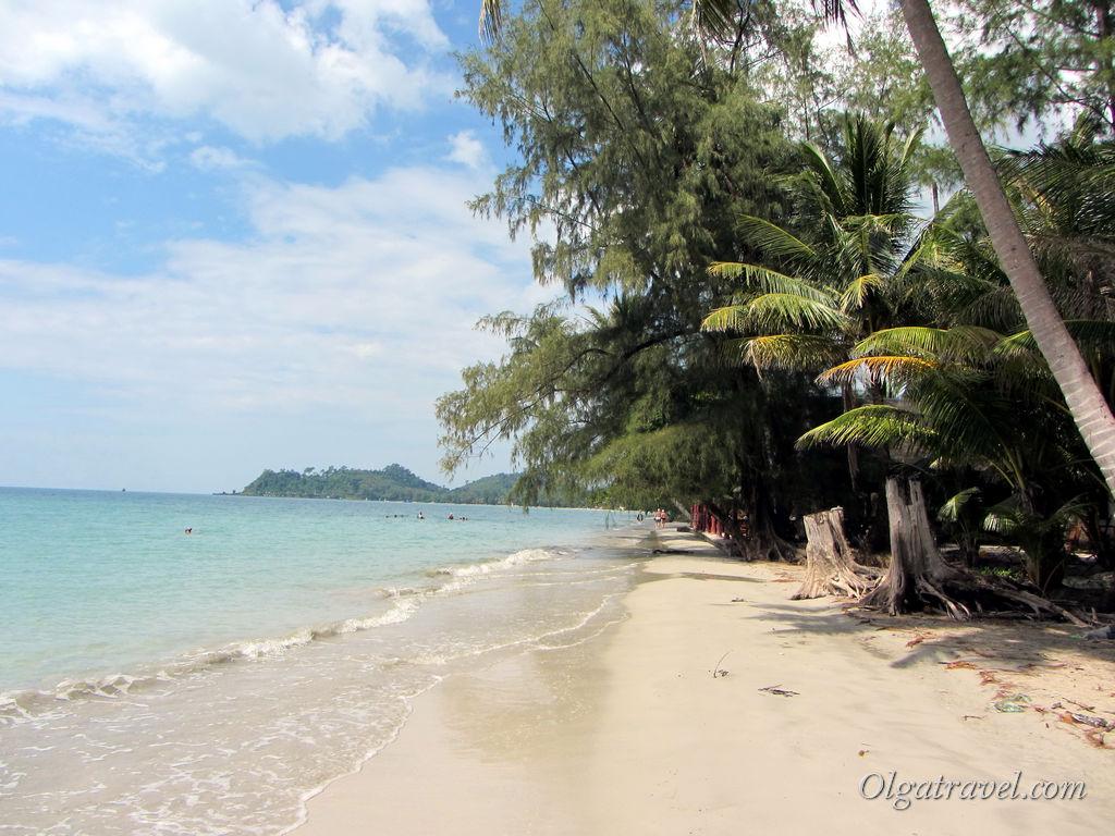 Тихий и малолюдный пляж Клонг Прао