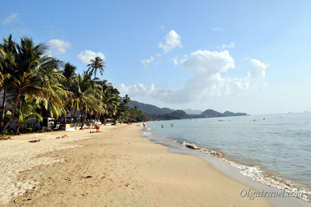 White_sand_beach_koh_chang_14
