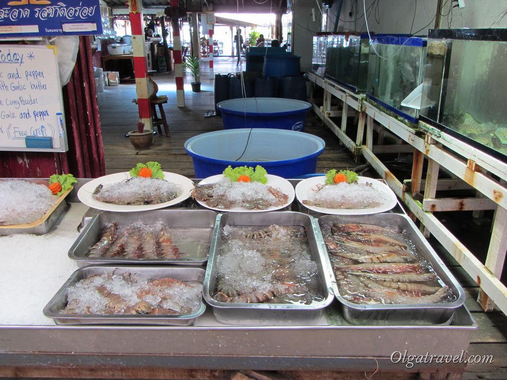 Самые свежие и самые вкусные морепродукты можно отведать в ресторанах Банг Бао