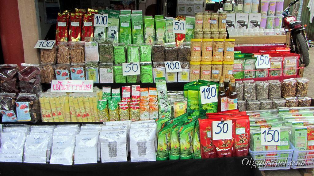 В деревне можно купить чаи