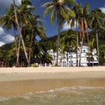 Великолепный и пустынный пляж отеля Гранд Лагуна ресорт на юге острова Ко Чанг