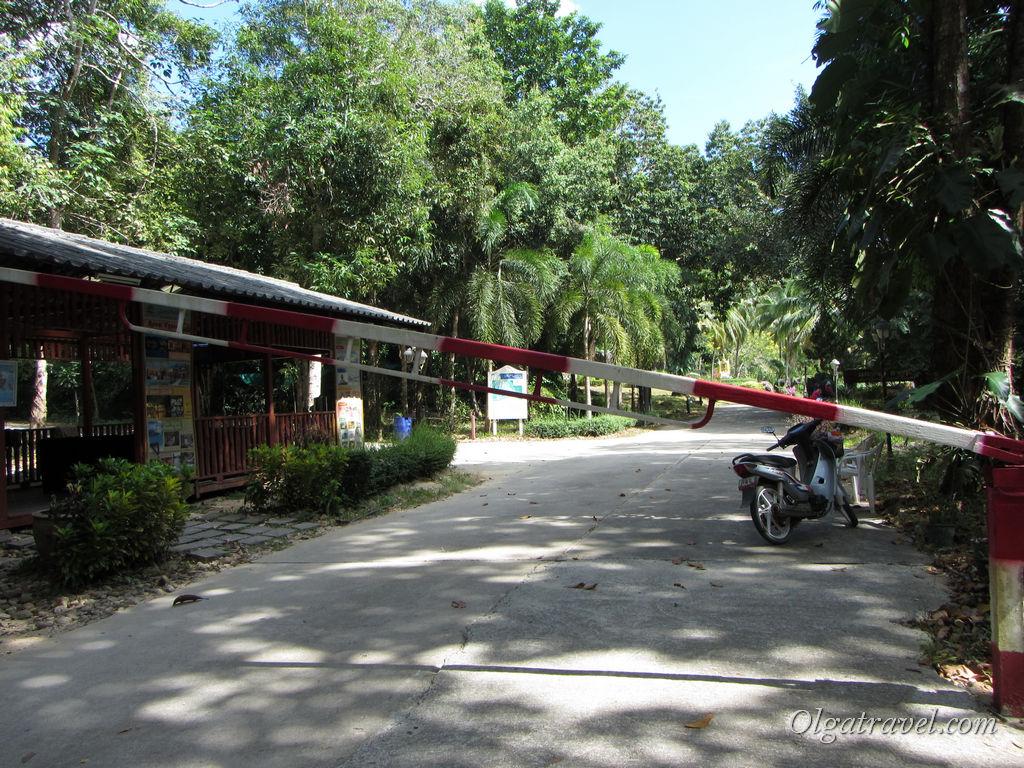 Вход на территорию отеля Гранд Лагуна платный