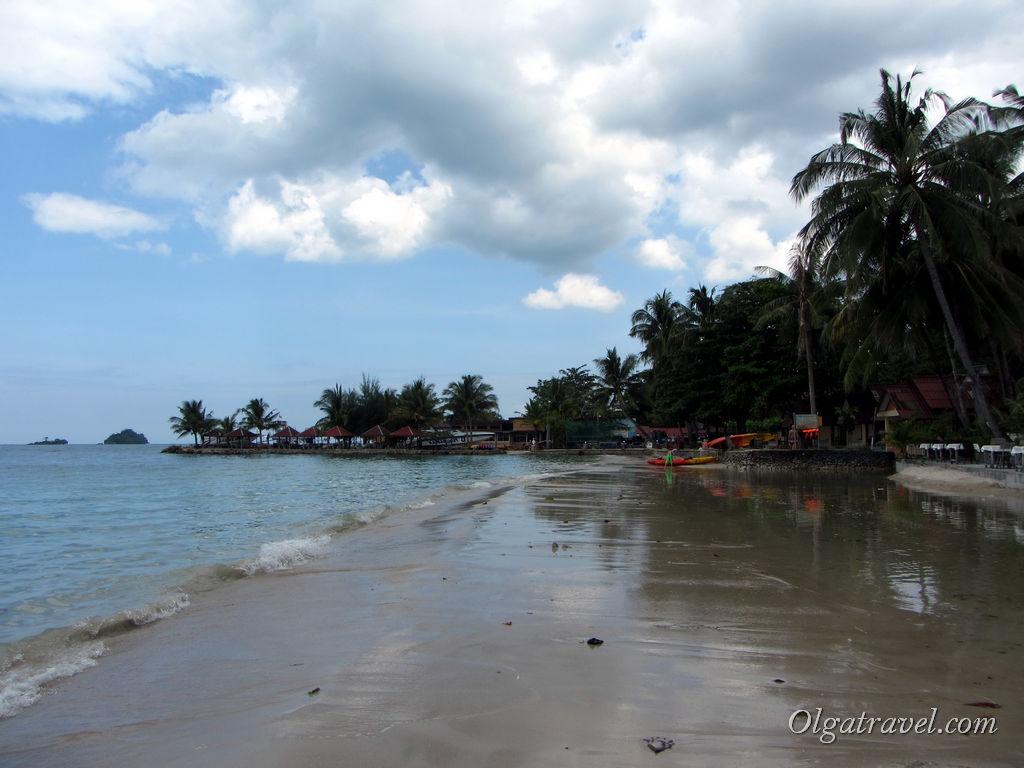 Отлив на пляже Кай Бей