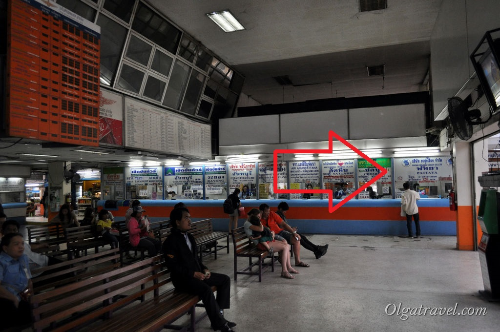 Касса по продаже билетов в Паттайю на автостанции Экамай